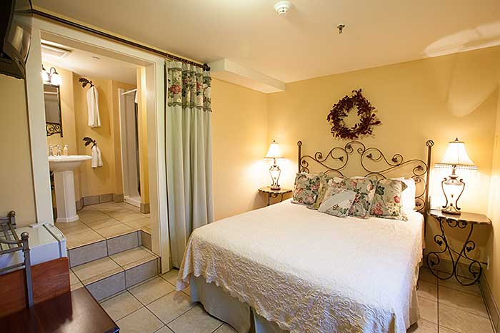Oak Street Hotel room offer comfort and style